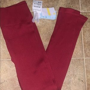Zella burgundy leggings